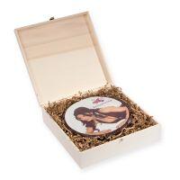 Runde L-Design-Torte in Holzbox mit Logodruck Bild 1