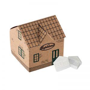 Haus aus Kraftpapier mit Pfefferminz in Hausform und mit Werbedruck